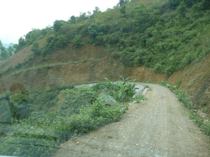 Sur le chemin vers le village des LOLOS NOIRS