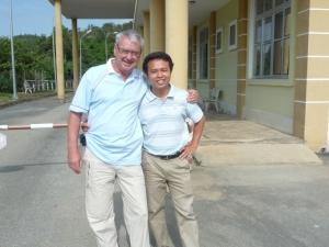 Mr BARRAU et Tu a la frontiere Vietnam/Laos a Dien Bien Phu