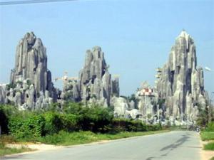 Montagne de marbre a Da nang
