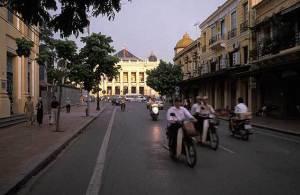 Rue de Trang Tien