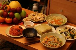 des mets traditionnels en particulier le banh chung