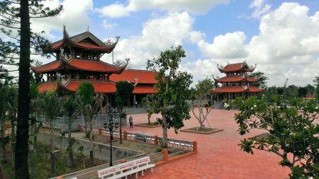 truc-lam-nam-phuong