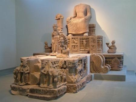 une-statue-de-Bouddha