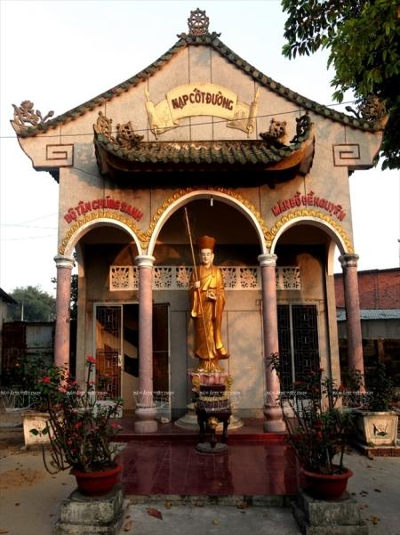 L'ancienne-pagode-Hue-Nghiem5