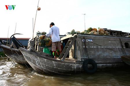 marche-flottant-de-cai-rang3