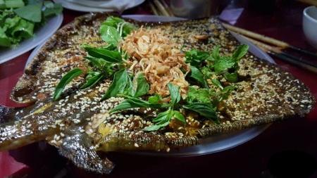 Raie-au-sel-et-aux-piments-verts-grillee