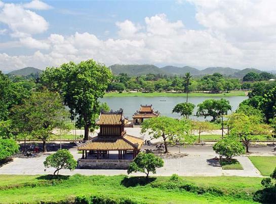 C'était l'endroit choisi par des rois comme un pavillon de repos ou une halte avant chaque embarquement.