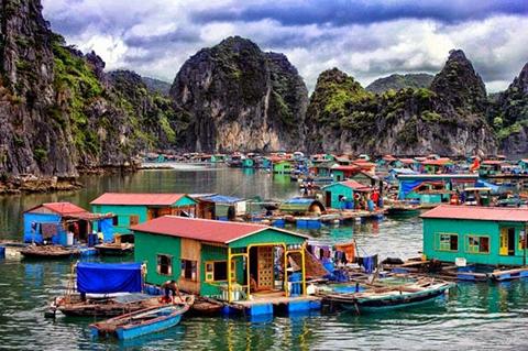 village cua van