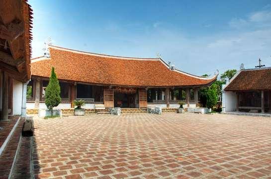 la maison communale mong phu