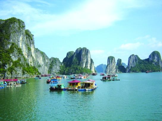le village cua van fait la baie halong