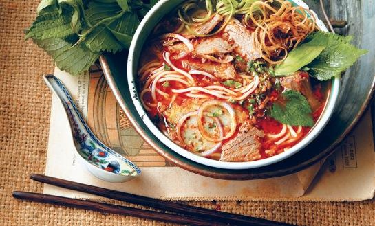 bun bo hue cuisine vietnamienne