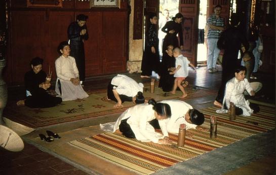 habit traditionnel femme sud vietnam