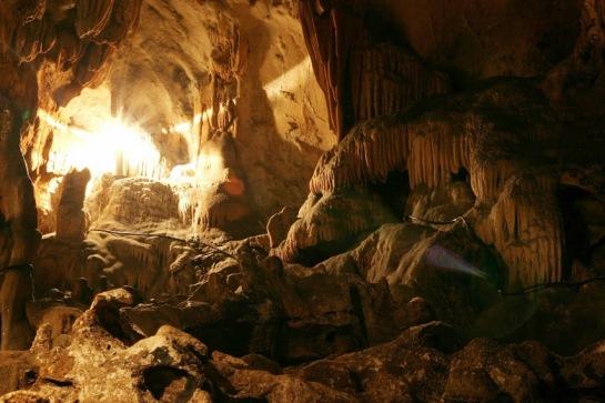 mai chau vietnam grotte.jpg
