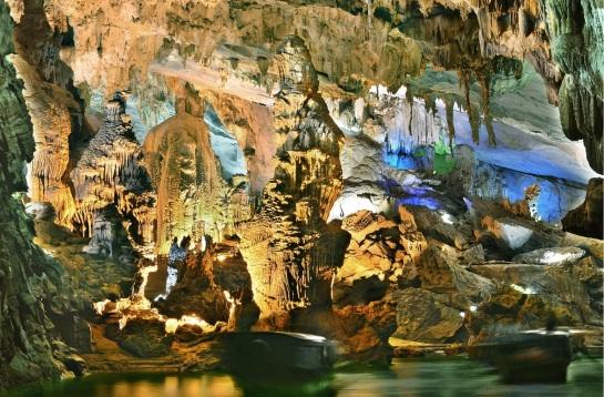 grotte du paradis.jpg