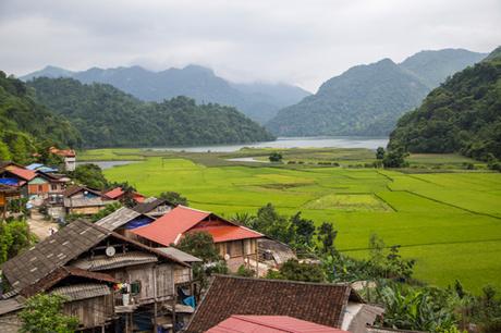 lac de ba be village et alentours.jpg