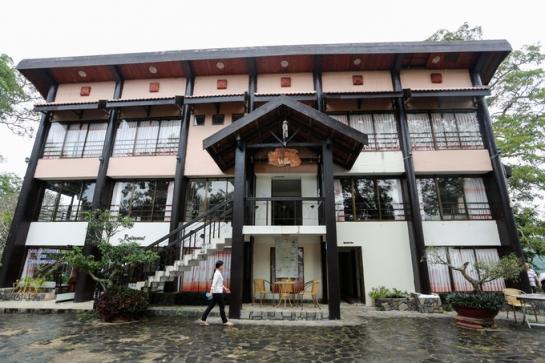 visite lac de lak residence roi.jpg