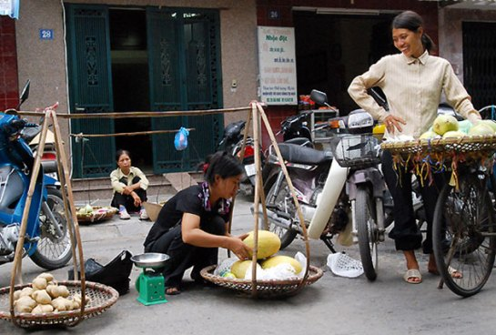 palanche et femmes vietnamiennes petites joies
