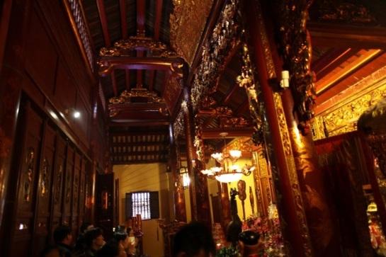 temple bach ma vieux quartier hanoi.jpg