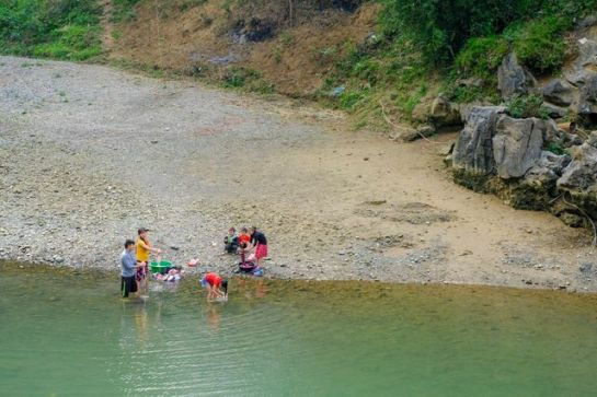 visiter ha giang au printemps baignade.jpeg