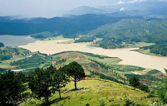 beaux plateaux vietnam lam vien.jpg